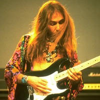 Uli Jon Roth © www.facebook.com/pages/Uli-Jon-Roth