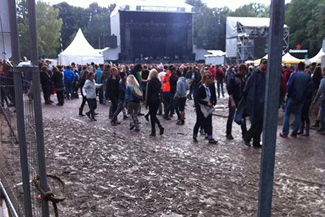 img boue   Main Square Festival 2014   Jour 4 : dernier rendez vous avec Detroit,  M , London Grammar, David Guetta...